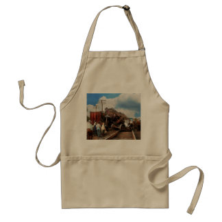 Train - Accident - Butting heads 1922 Standard Apron