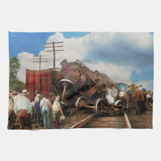 Train - Accident - Butting heads 1922 Tea Towel