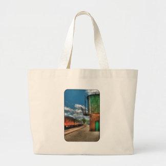 Train -  KITCHI GAMMI -  Pullman Tote Bag