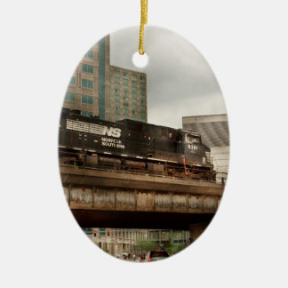 Train - Pittsburg Pa - The industrial city Ceramic Oval Decoration