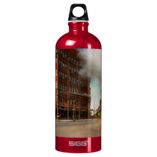 Train - Respect the train 1905 Water Bottle