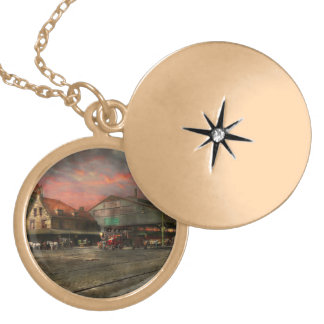 Train Station - NY Central Railroad depot 1905 Gold Plated Necklace