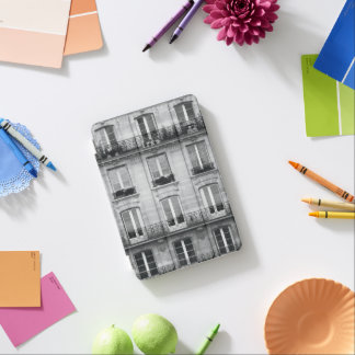 Travel | Black and White Vintage Building In Paris iPad Mini Cover