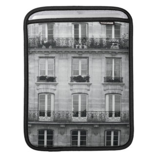 Travel | Black and White Vintage Building In Paris iPad Sleeve