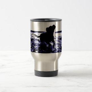 Travel mug black lab playing in water