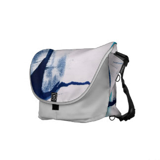 Traveling art courier bags
