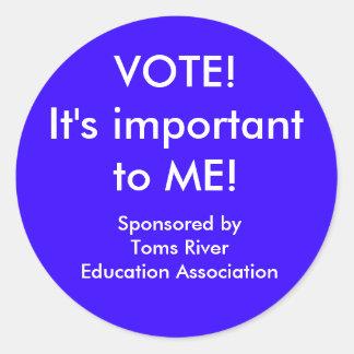 TREA VOTE! CLASSIC ROUND STICKER