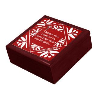 Treasure chest large square gift box