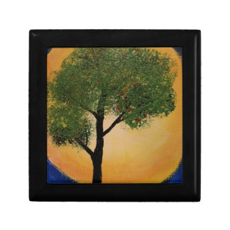 Tree against the Sun Gift Box
