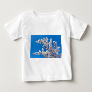 Tree branches with blooming white flowers baby T-Shirt
