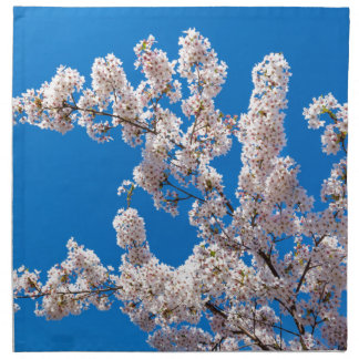 Tree branches with blooming white flowers napkins