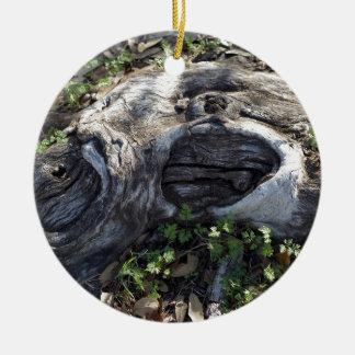 TREE ROOT CERAMIC ORNAMENT