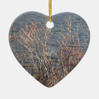 Trees & water scenery ceramic heart decoration