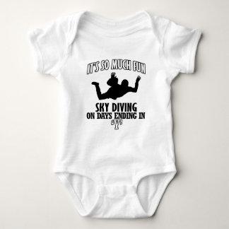 Trending cool sky-diving designs baby bodysuit