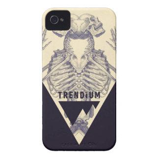Trendium Vintage Symmetrical Skeleton Triangle iPhone 4 Case-Mate Case