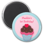 Trendy Cupcake Cherry Party Favour Magnets