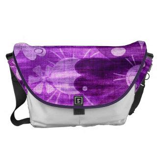Trendy Violet Floral Vintage Messenger Bag
