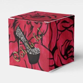 Tres Chic Rouge Fleurs Party Favour Box