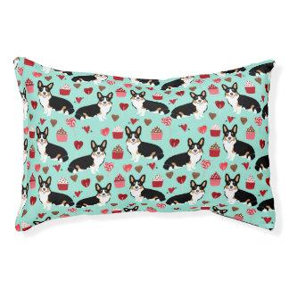 Tri Corgi Valentines dog design - mint Pet Bed