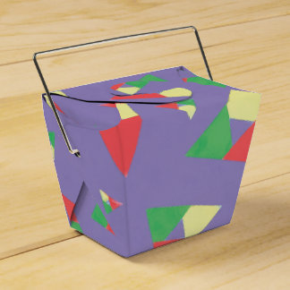 Triangle 2 favour box