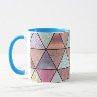 Triangle play mug