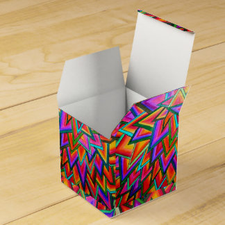 Triangles Favour Box