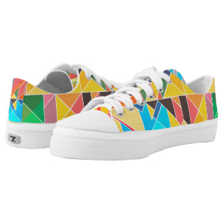 Triangular Geometric Abstract Design Low Top Shoes