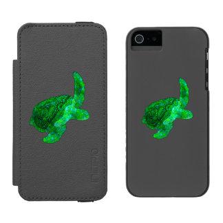 Tribal Green Sea Turtle Incipio Watson™ iPhone 5 Wallet Case