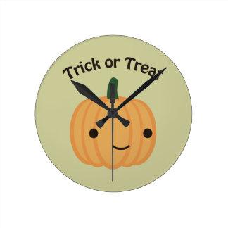 Trick or treat - Cute Pumpkin Clock