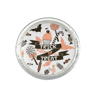 Trick or Treat Goodies Design Ring