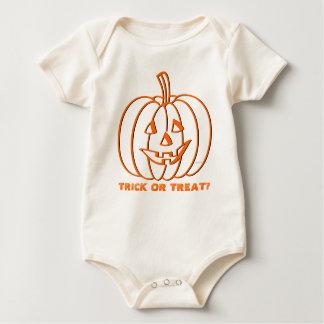 Trick Or Treat Kids Halloween Pumpkin T-Shirt 2