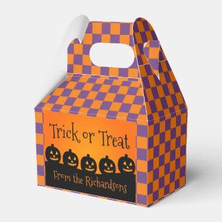 Trick or Treat, Pumpkins, Orange & Purple Checks Favour Box