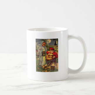 Trick R' Treat (Vintage Halloween Card) Coffee Mug