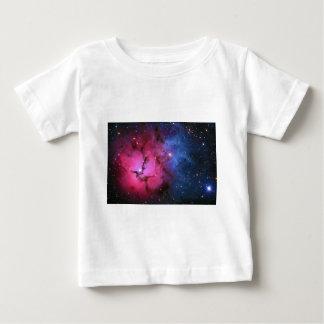 Trifid Emission Reflection Nebula M20 NGC 6514 T Shirt