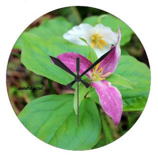 Trillium Flower Clock