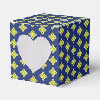 Trinity Star Favour Box