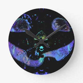 Tripy Jack Round Clock