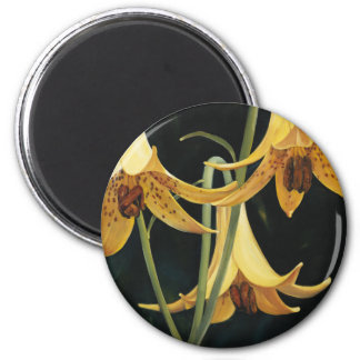 Trish Biddle Canada Lilly 6 Cm Round Magnet