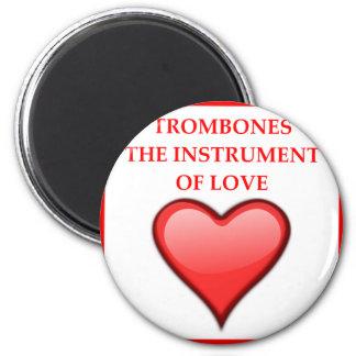 TROMBONES MAGNET