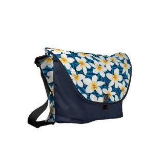 Tropical frangipani flowers commuter bag