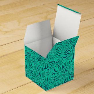 Tropical monstera leaf favour box
