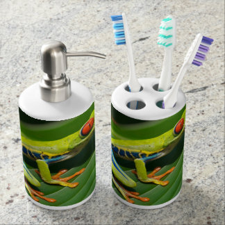 Tropical rainforest green red-eyed tree Frog Bathroom Set