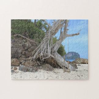Tropical sandy beach jigsaw puzzle