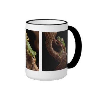 tropical tree frog ringer mug