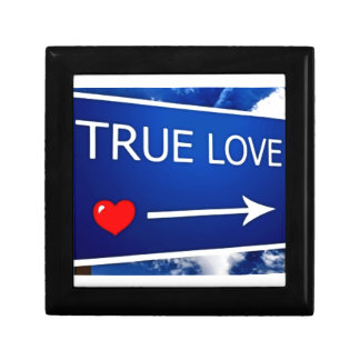 True Love This Way Small Square Gift Box