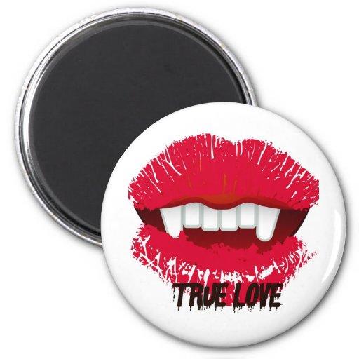TRUE LOVE VAMP LIPS PRINT MAGNET