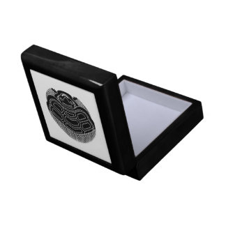 True opposite turtle small square gift box