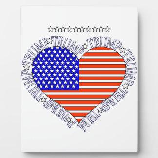 TRUMP FLAG HEART PLAQUE