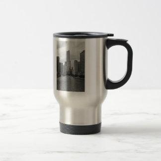 Trump Tower Chicago River Grayscale Travel Mug