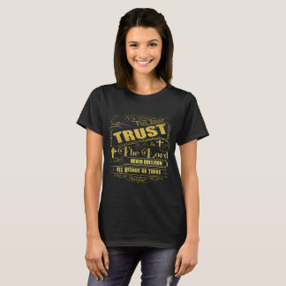 Trust In The Lord Women's Dark T-Shirt